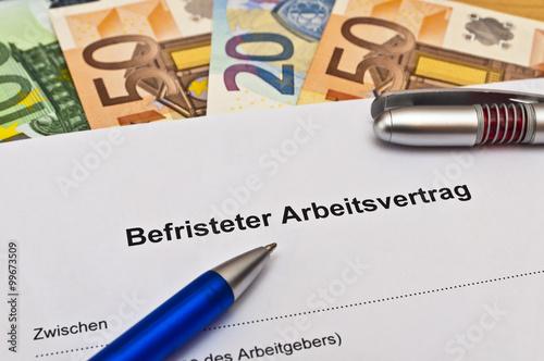 Arbeitsvertrag Vollzeit Stockfotos Und Lizenzfreie Bilder Auf