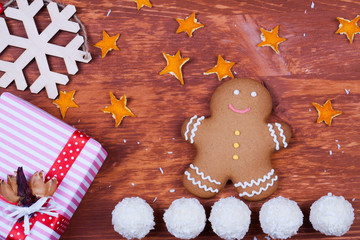 Decoration with gingerbread cookies