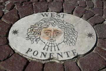 Kompass Steinplatten auf dem Petersplatz - Piazza San Pietro / Vatikan