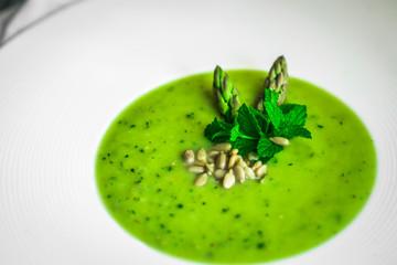 Fototapeta Green vegetable cream soup obraz