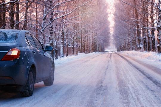 car empty road alley winter
