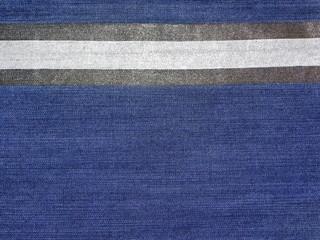 джинсовая текстура с серебристой и черной полоской