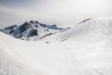 Foto op Aluminium Alpinisme Mountaineering towards the mountain top