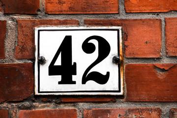 Hausnummer Zweiundvierzig