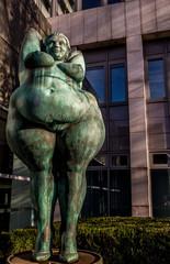 Skulptur Yolanda (Miriam Lenk) in Berlin