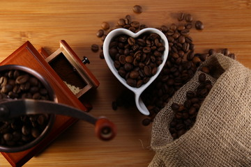 manual coffee grinder and heart cup