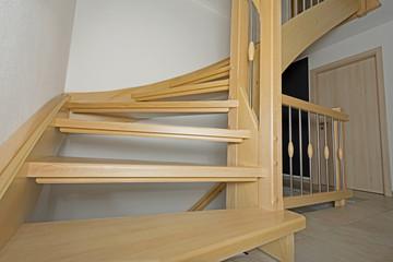 Foto op Plexiglas Trappen Holztreppe