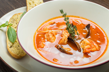 Fish soup with tomatoes and mussels