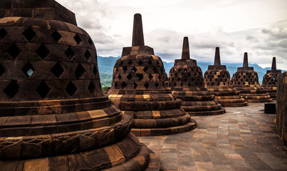 Foto op Canvas Indonesië Heritage Buddist temple Borobudur complex in Yogjakarta in Java, indonesia