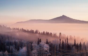 Door stickers Morning with fog Горы. Туманное утро на горнолыжном курорте Шерегеш