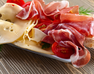 jamon with cheese