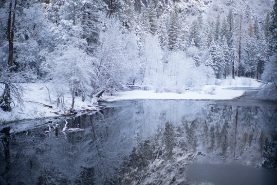 valley winter reflection