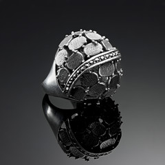 Ring antique solid silver plates and marcasite