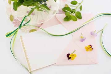 美しい便箋と封筒