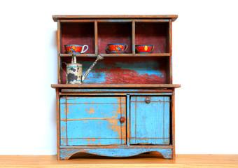 Small decorative shelf