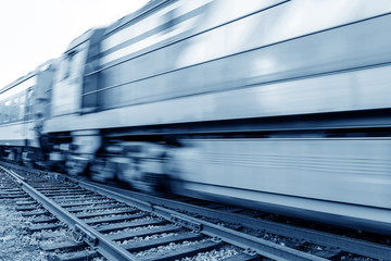 Filled with goods train, high-speed driving.