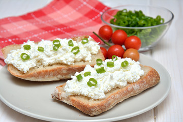 Sandwiches with cottage cheese