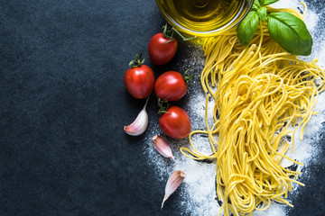 Italian spaghetti recipe border background