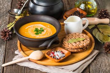 bowl of homemade creamy pumpkin soup