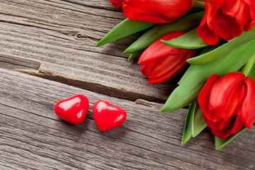 Red tulips and candy hearts
