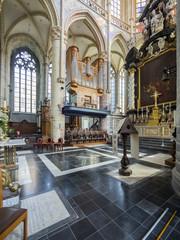 Innenraum der Sint-Niklaaskerk oder St.-Nikolaus-Kirche