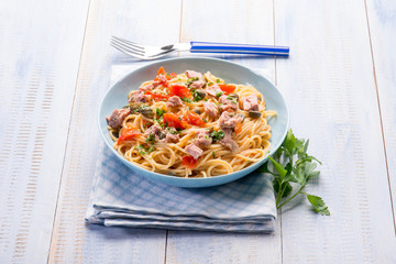 spaghetti with tuna capers and  tomatoes