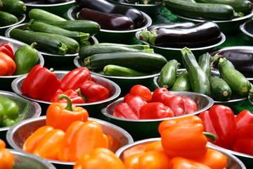 Paprika, Zucchini, Auberginen - Gemüse Markt in London