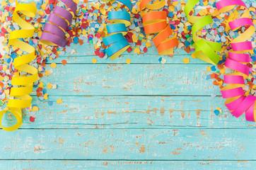 Bilder und videos suchen faschingsdekoration for Dekoration karneval