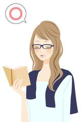 読書中の女性 マル