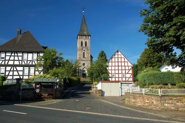 Wilnsdorf alter Ortskern mit Kirche
