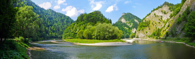 Printed kitchen splashbacks River Dunajec river in Pieniny mountains, Poland