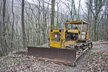 Old abandoned bulldozer