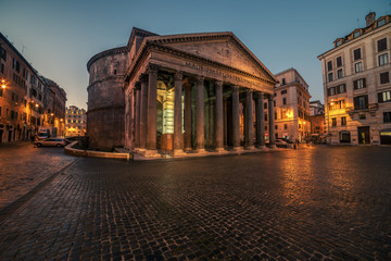 Fototapete - Rome, Italy: The Pantheon in the sunrise