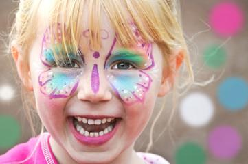 Farben, Schminken, Kinderglück