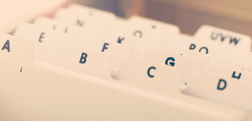 alphabetical organizer tray for business cards