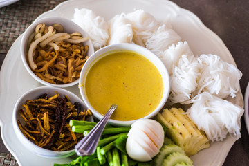 vermicelli and thai and sauce and noodle and curry