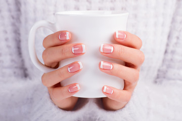 Fototapete - French moon manicure.