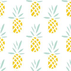 Ananas sur fond blanc. Modèle sans couture de vecteur avec des fruits tropicaux.