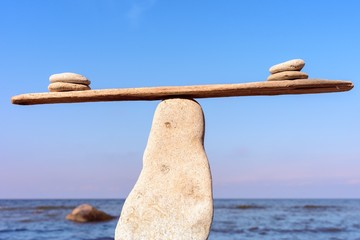 Balanced of stones