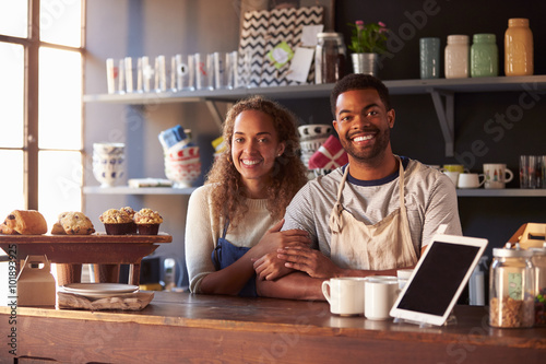 issues affecting small business - HD1600×800