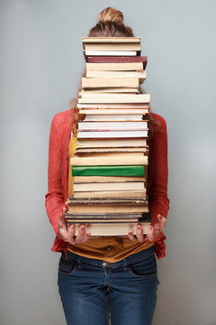 Book lover. Ready to study hard!