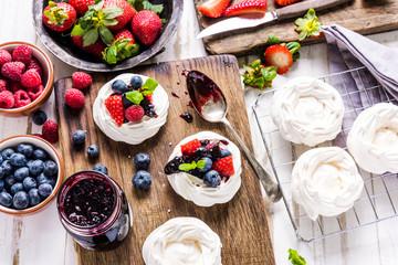 Foto op Plexiglas Dessert Pavlova traditional dessert with fresh fruits