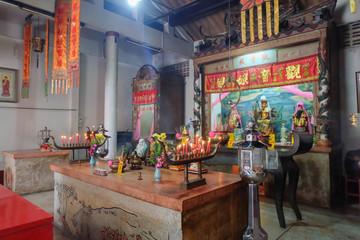 Buring incenses to worship the ancestors