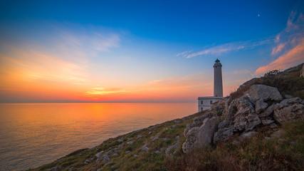 L'alba dal Faro della Palascia