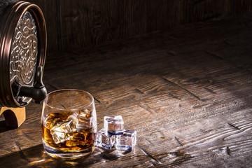 Szukaj zdj gin for Nauka coffee table