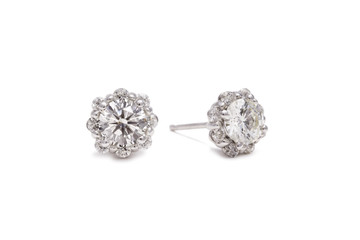 Gorgeous White Diamond Flower Earrings in White Gold