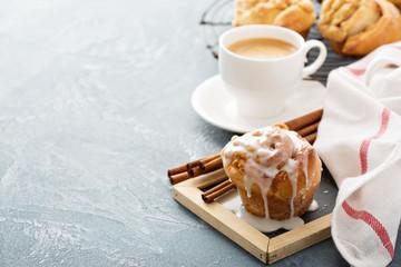 Cinnamon bun for breakfast