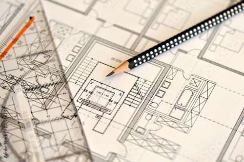 Bauzeichnung geodreieck bleistift konstruktion bauplan architektur lineal genauigkeit - Architektur zeichnen ...