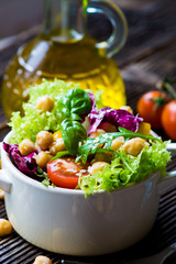 Fototapete - Fresh mixed  salad with Chickpea