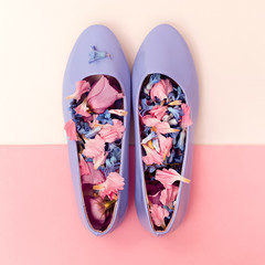 Be romantic. Women's shoes and flowers. Harmony mix